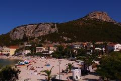 手段海滩 免版税库存图片