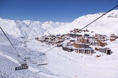手段滑雪视图冬天 库存照片