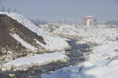 手段滑雪 班斯科 建造者 免版税库存照片