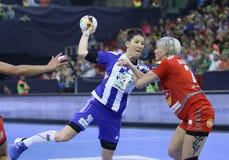 """手球妇女EHF拥护同盟决赛4 †""""ZRK BUDUCNOST波多里加对 ZRK瓦尔达尔河斯科普里 免版税图库摄影"""