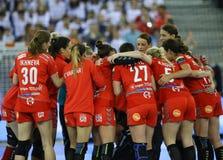 """手球妇女EHF拥护同盟决赛4 †""""ZRK BUDUCNOST波多里加对 ZRK瓦尔达尔河斯科普里 免版税库存图片"""