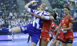 """手球妇女EHF拥护同盟决赛4 †""""ZRK BUDUCNOST波多里加对 ZRK瓦尔达尔河斯科普里 库存图片"""