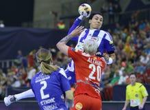 """手球妇女EHF拥护同盟决赛4 †""""ZRK BUDUCNOST波多里加对 ZRK瓦尔达尔河斯科普里 库存照片"""