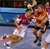 手球比赛马达扎波罗热对Kadetten沙夫豪森 免版税图库摄影