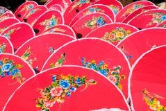 手画桃红色泰国伞 库存图片
