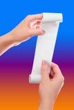 手纸卷的妇女或女孩举行与打印的收据嘲笑的模板 清洗大模型 在文章安置关于商店 免版税库存照片