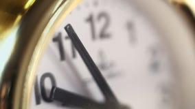手表宏观慢动作的拨号盘 中间人手表 股票视频