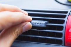手调整汽车气流AC控制方式  库存照片