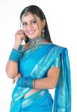 手镯美丽的蓝色女孩印第安好 库存图片