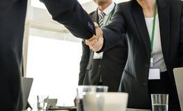 手震动协议变化会议合作 免版税库存照片