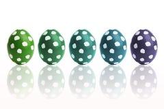 手画五颜六色的复活节彩蛋 库存照片