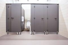 从洗手间的门 库存照片