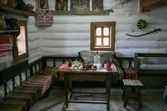 扎波罗热-乌克兰, 2015年5月02日:内部和日常生活在Zaporizhian哥萨克人博物馆在霍尔蒂恰岛, Zapor海岛上的  免版税图库摄影