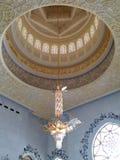 扎耶德清真寺阿布格莱布Dhabi Interior回教族长 免版税库存照片