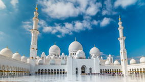 扎耶德Grand Mosque回教族长位于阿布扎比的timelapse hyperlapse -阿联酋首都 股票录像