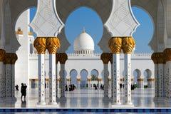 扎耶德Grand Mosque,阿布扎比回教族长是最大在阿拉伯联合酋长国 图库摄影
