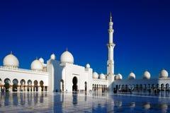 扎耶德Grand Mosque,阿布扎比回教族长是最大在阿拉伯联合酋长国 库存照片