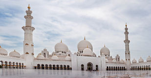扎耶德Mosque回教族长2013年6月5日的在阿布扎比。 免版税库存图片