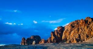 扎西海岛风景在Nam Co 免版税库存图片