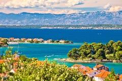 扎达尔海岛群岛和Velebit山景 库存图片