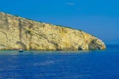 扎金索斯州,希腊-令人惊讶的蓝色洞旅行目的地 免版税图库摄影