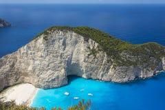 从扎金索斯州海湾击毁的高度的看法在希腊 免版税库存图片