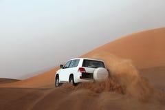 打击迪拜沙丘 免版税库存照片