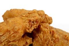 打击鸡深刻的快餐油煎的金黄柠檬弹&# 免版税图库摄影