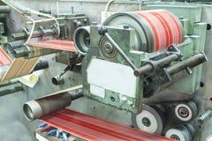 打印标签在标签打印机 库存照片