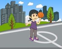 打在公园动画片的孩子篮球 库存照片
