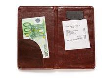 打开与票据和欧元的检查文件夹 图库摄影