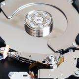 打开内部3 5英寸sata硬盘驱动器 库存图片