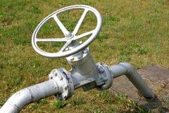 打开和结束液体和气体流程的停机阀  免版税库存图片