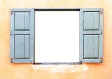 打开在砖墙上的老窗口 库存图片