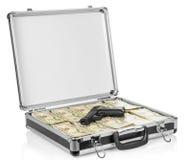 打开有美元的手提箱并且开枪在白色 免版税库存照片
