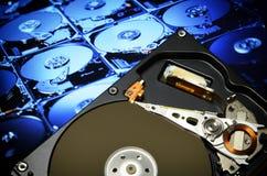 打开计算机硬盘驱动器,有postproduction作用的 库存照片