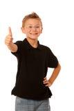 打手势好标志的年轻白种人男孩被隔绝在白色backg 免版税库存照片