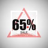 打折优惠券或销售在一个现代样式 三角红色框架 向量 免版税库存照片