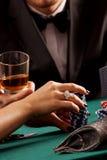 打桩赌博娱乐场芯片 免版税库存照片