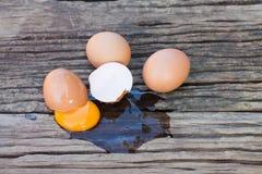 打破的鸡蛋 免版税库存照片