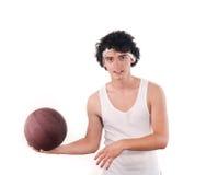 打篮球的少年 免版税库存照片