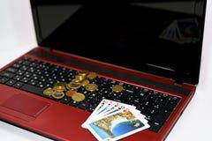 打网上扑克抽象想法  免版税库存照片