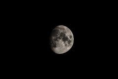 给打蜡的隆起的月亮 免版税库存图片