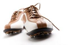 打高尔夫球鞋子 库存照片