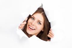 打破纸板料的少妇 免版税库存图片