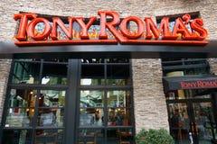 托尼罗马的餐馆外部和商标 库存图片