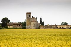 托斯卡纳罗马式教会 库存照片