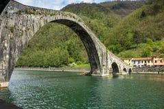 托斯卡纳,马德林桥梁,亦称,恶魔 免版税图库摄影