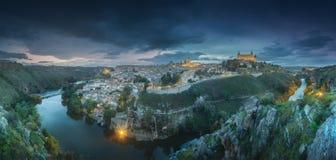 托莱多和塔霍河,西班牙全景视图  免版税库存图片