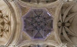 托莱多-哥特式圆屋顶在国王的圣约翰修道院里  免版税图库摄影